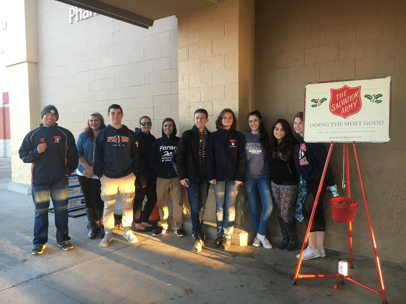 news-key-club-salvation-army-quinn-lofthouse-picture