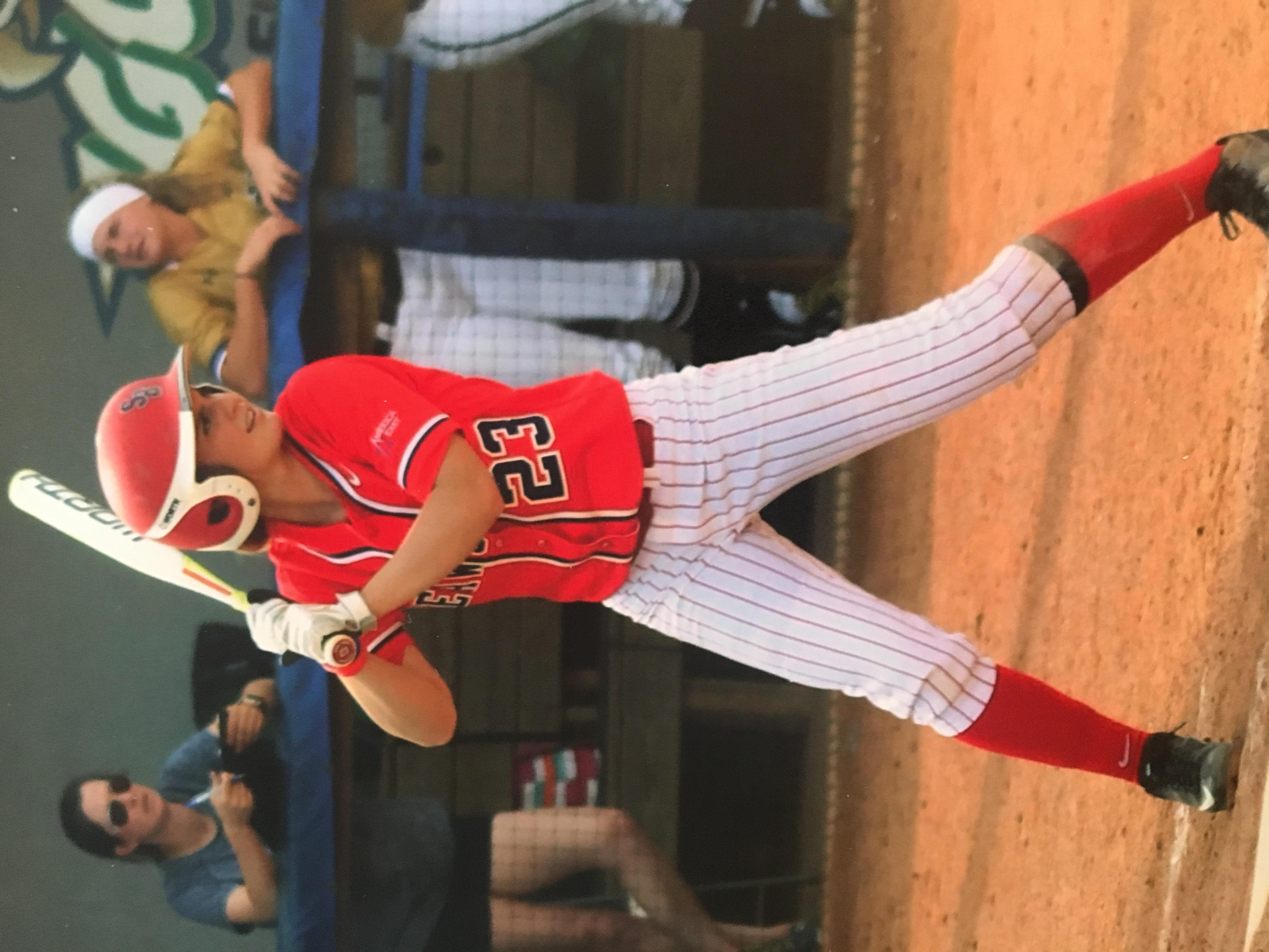 Danni up to bat for Stony Brook University in 2016.  photo courtesy: The Kemp Family