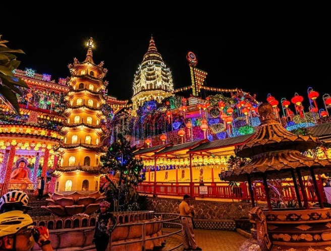 Light Celebration in Malaysia: The Kek Lok Si Display of Lights in Malaysia during the 2020 Chinese New Year. Photo courtesy: Patrick Tanch, January 20, 2020.