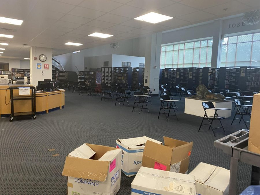 In Need of Some TLC: Foran's media center prior to renovation. Photo courtesy: Olivia Salai, August 23, 2021.